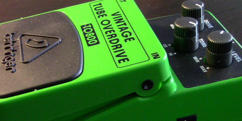 Behringer TO800 Vintage Tube Overdrive | Gear Review